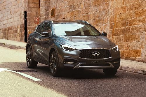 QX30 Front angle low view