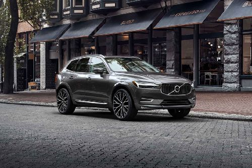 XC60 Front angle low view